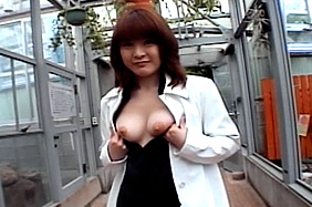 Saki Amamiya Naughty and hot Asian doll gives a blowjob outside
