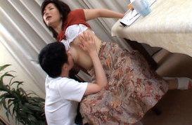 Aya Japanese mature chick gives head