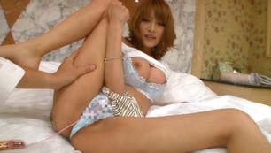 Kirara Asuka Busty Asian beauty is a model
