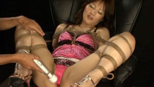 Bondage addicted girl Nei Nanami gets her tight anal stimulated