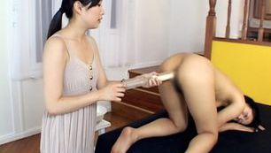 Playful Asian milf Momo Junna enjoys anal insertions an fingering