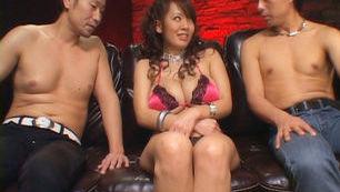 Hitomi Tanaka Japanese model in a hot gangbang