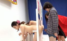 Winner Gets To Creampie A Hot Japanese MILF&#180;s Pussy