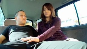 Naughty MILF Cocksucker Ren Mukai Sucks In A Car