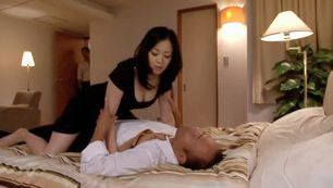 Michiru Sakura Asian doll  is a crazy MILF