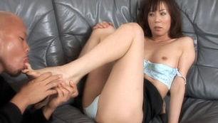 Honami Takasaka Amazing Asian milf enjoys sex