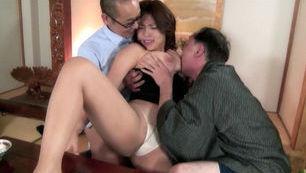Reiko Nakamori Asian gal has hot sex