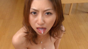 Rei Aoki Hot Japanese MILF gives a hot blowjob