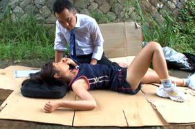 Japanese chick in outdoor sex