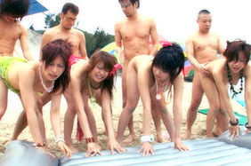 Hot Japanese gangbang