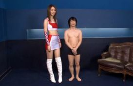 Riko Miyase Asian doll debuts as a leg queen
