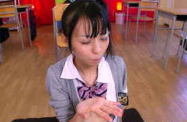 Aino Kishi Asian schoolgirl gives a hot blowjob